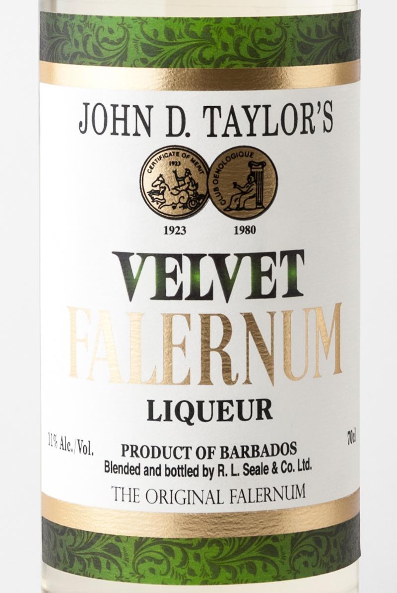 Liquore_velvet_falernum_john_d_taylor_etichetta