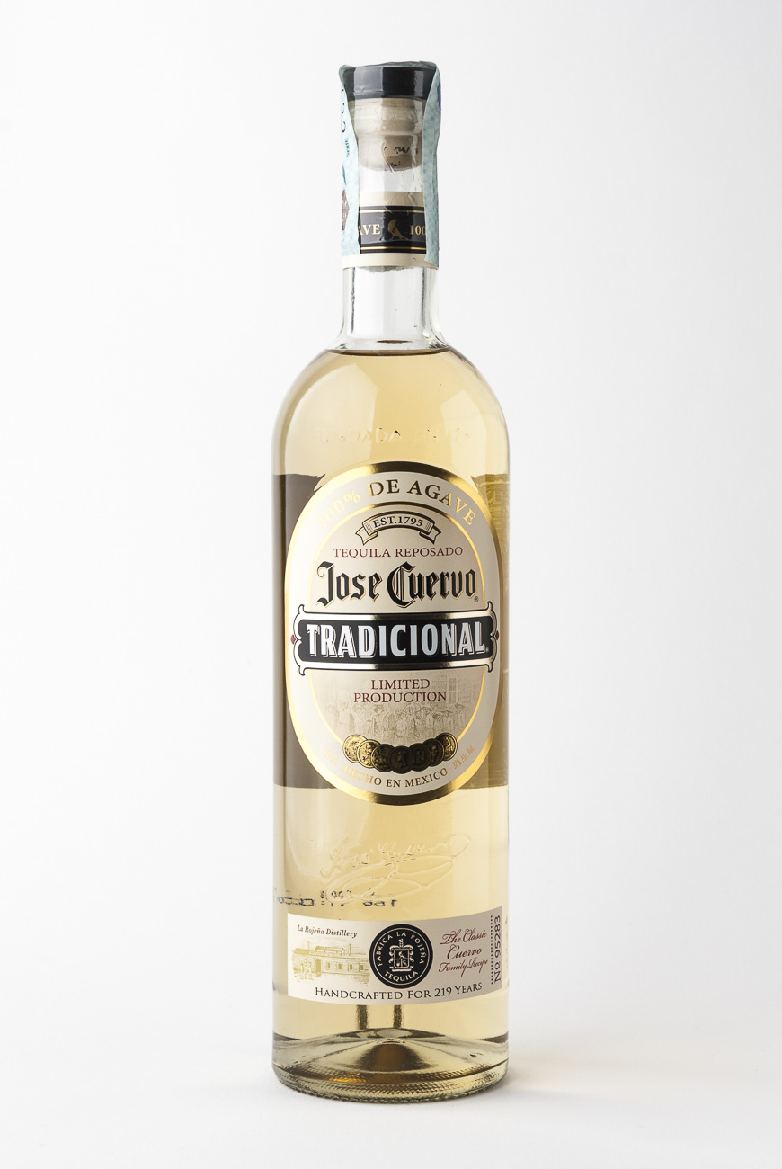 isla_de_rum_31701_tequila_josè_cuervo_tradicional_reposado_web
