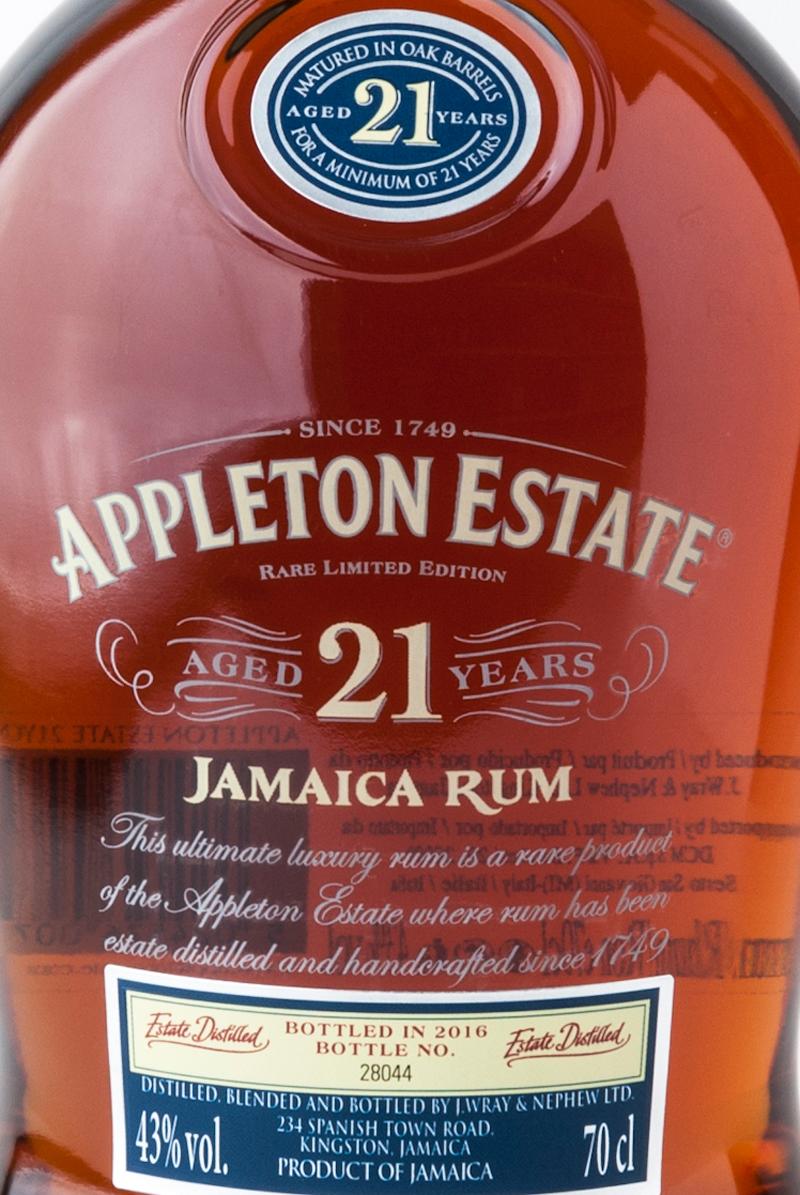 Appleton_estate_21_jamaica_rum_etichetta