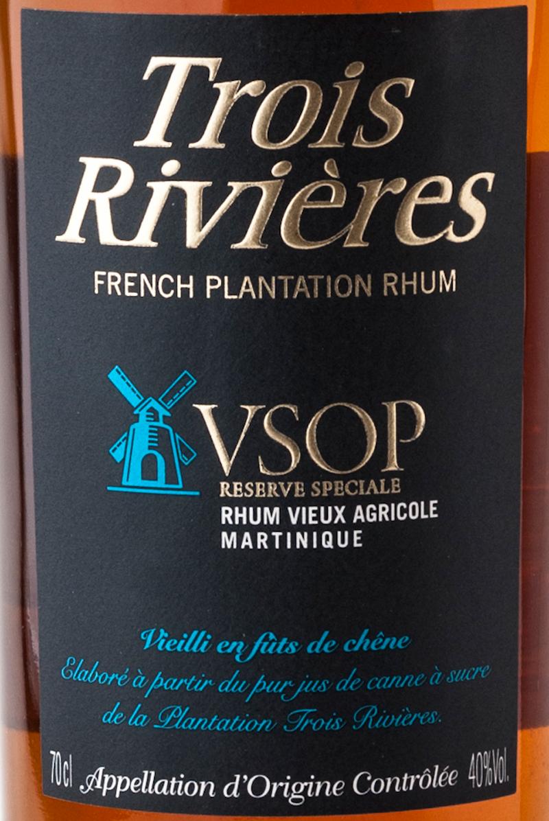 Trois_rivieres_rhum_vsop_aoc_etichetta